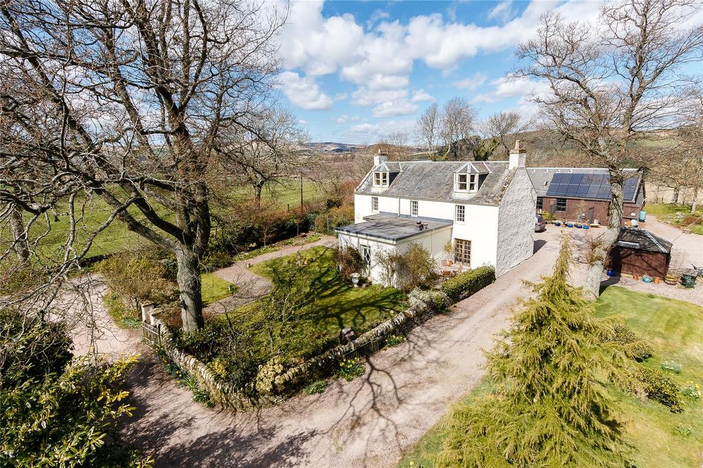 5 Bedrooms Detached House for sale in Lundie, Dundee, Angus
