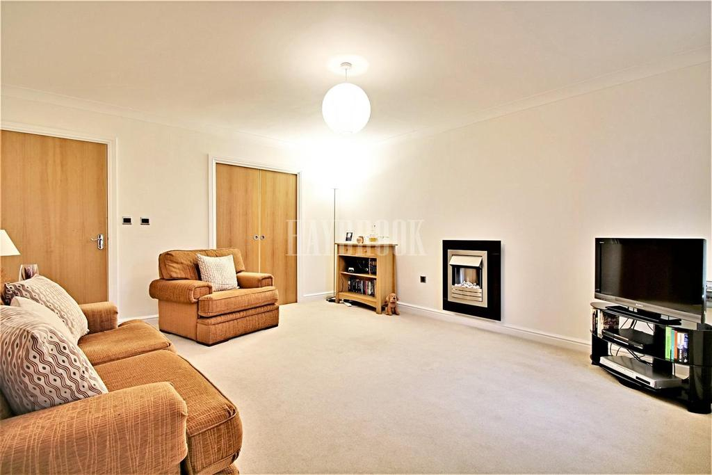 2 Bedrooms Flat for sale in Fitzwilliam Street, Swinton