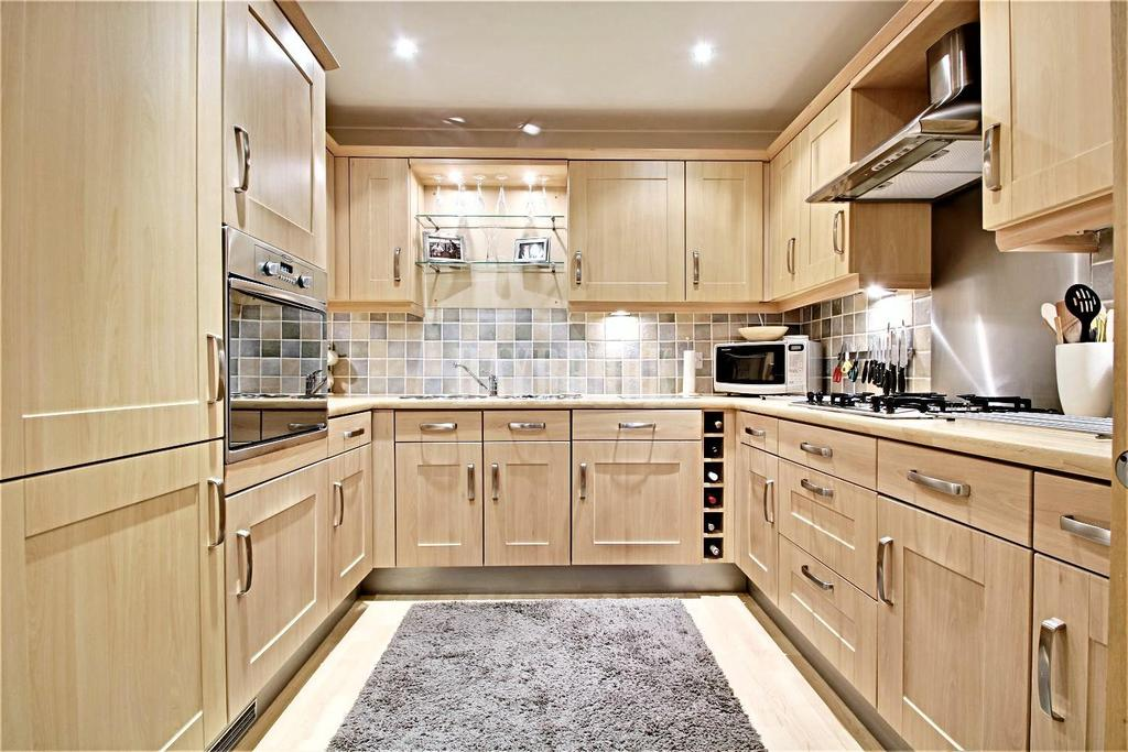2 Bedrooms Flat for sale in Fitzwilliam Street, Swinton
