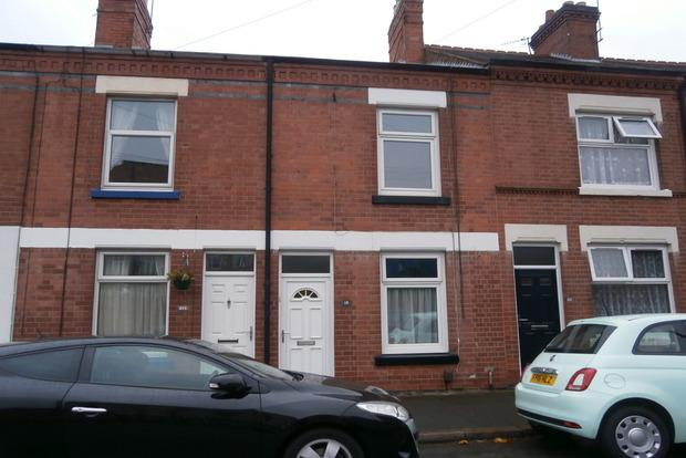 2 Bedrooms Terraced House for sale in Balfour Street, Woodgate, Leicester, LE3
