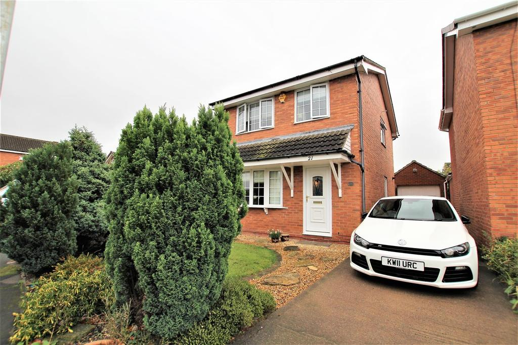 3 Bedrooms Detached House for sale in Eskdale Close, Yarm