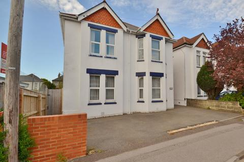 4 bedroom detached house for sale - Winton