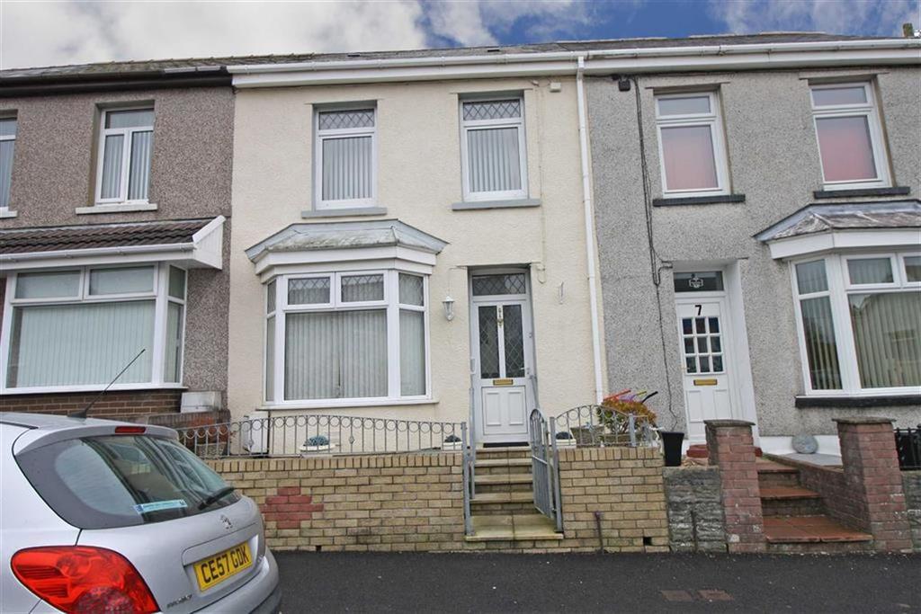 3 Bedrooms Terraced House for sale in Broniestyn Terrace, Hirwaun, Aberdare, Mid Glamorgan