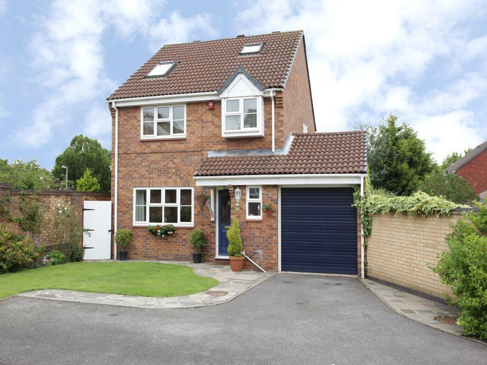 4 Bedrooms Detached House for sale in Pavenham Close, Lower Earley