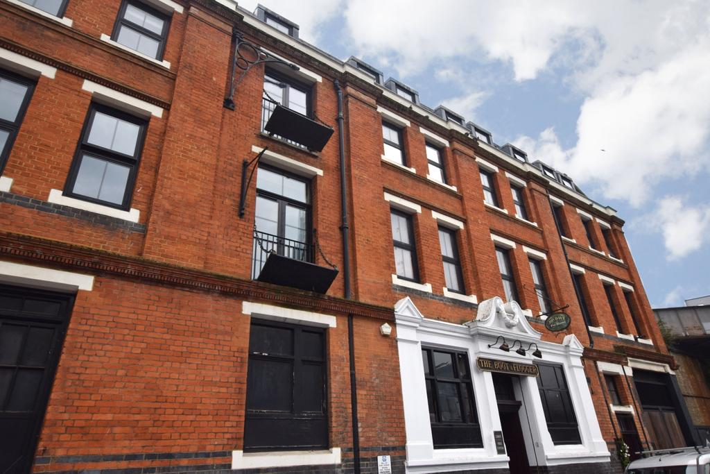 1 Bedroom Flat for sale in Redcross Way Borough SE1