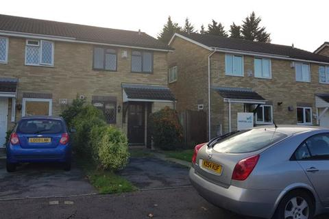 3 bedroom semi-detached house to rent - Chartley Close, Cardiff