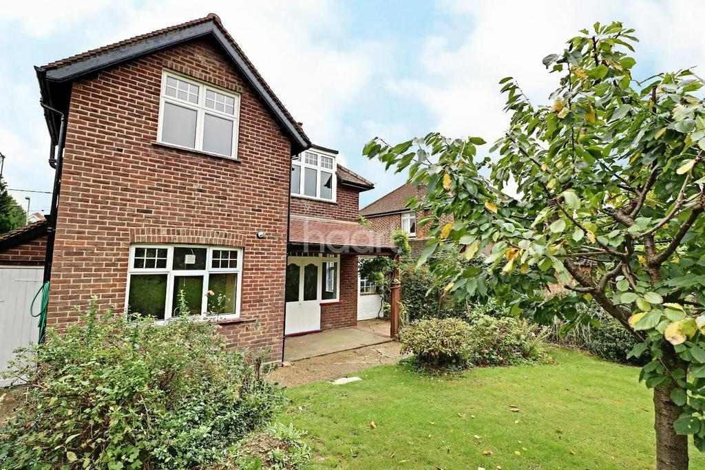 4 Bedrooms Detached House for sale in Fernbank Road, Ascot