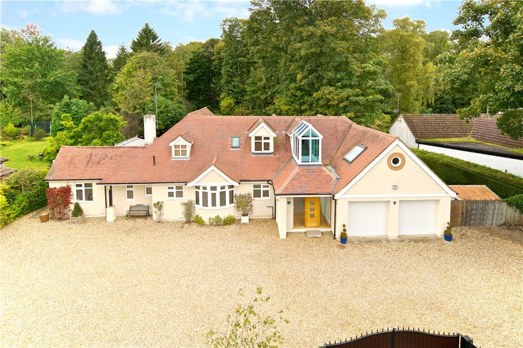 5 Bedrooms Detached House for sale in Ecton Lane, Sywell, Northamptonshire