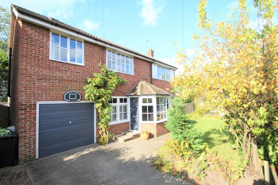 4 Bedrooms Detached House for sale in NORFOLK GARDENS, TOCKWITH, YORK, YO26 7QW