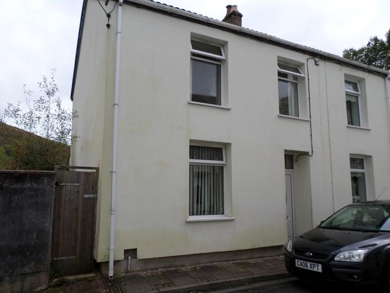3 Bedrooms End Of Terrace House for sale in Taff Street, Blaenllechau, Ferndale
