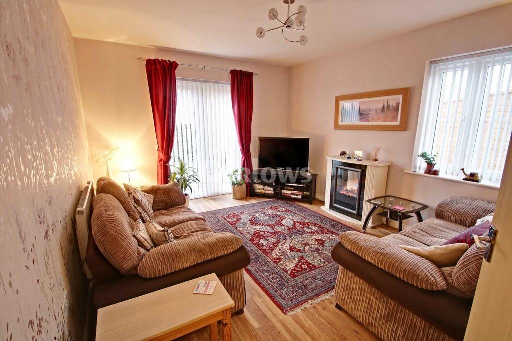 4 Bedrooms Detached House for sale in Parc y Dyffryn, Rhydyfelin