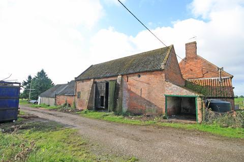 3 bedroom barn for sale - The Old Threshing Barn, Newfield Farm, Caunton Road, Hockerton, Nottinghamshire NG25 0PN