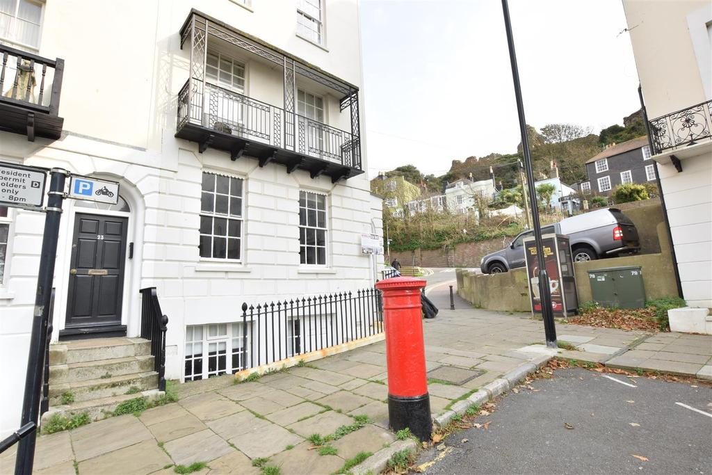 1 Bedroom Flat for sale in Wellington Square, Hastings