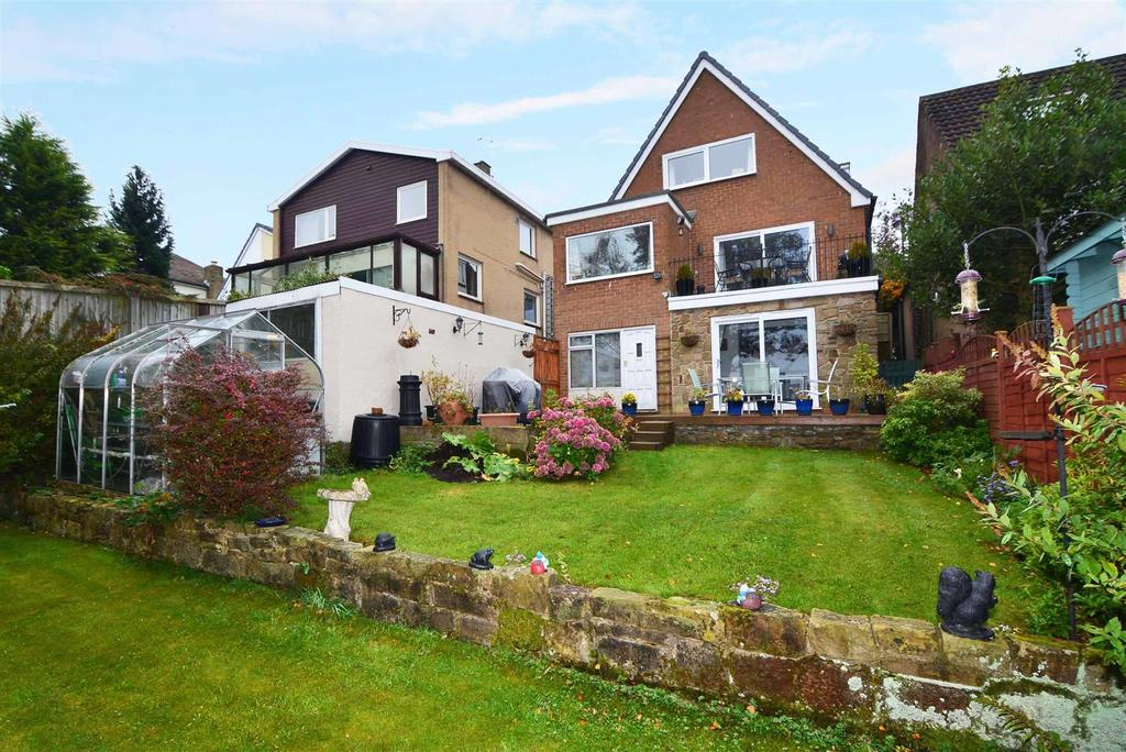3 Bedrooms Detached House for sale in Hillcrest Rise, Cookridge