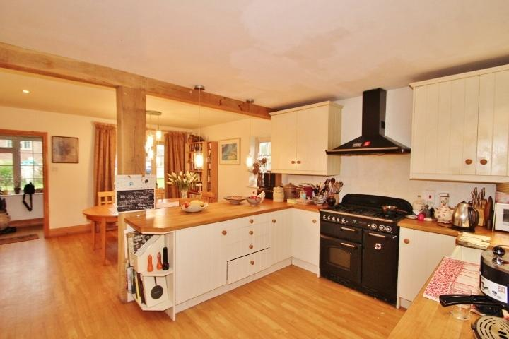 4 Bedrooms Semi Detached House for sale in The Dymocks, Ditchling, Hassocks