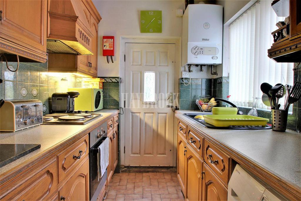 3 Bedrooms Terraced House for sale in Bellhouse Road, Firth Park
