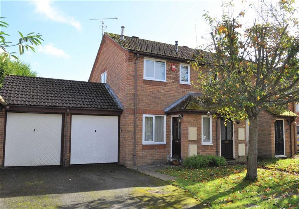 2 Bedrooms End Of Terrace House for sale in Weywood Close, Farnham, Surrey