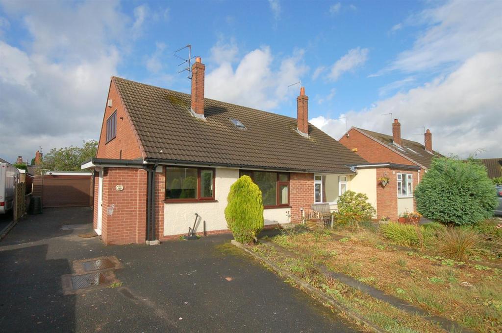 4 Bedrooms Semi Detached Bungalow for sale in Watlands Road, Bignall End