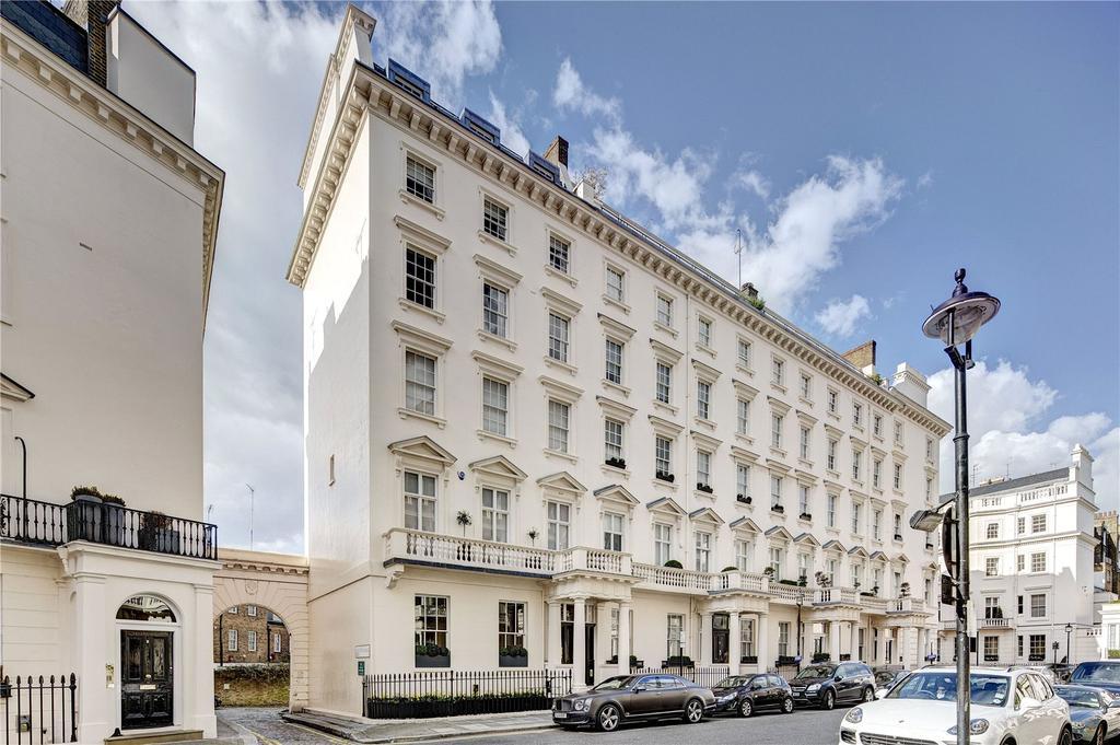 3 Bedrooms Maisonette Flat for sale in West Eaton Place, London, SW1X