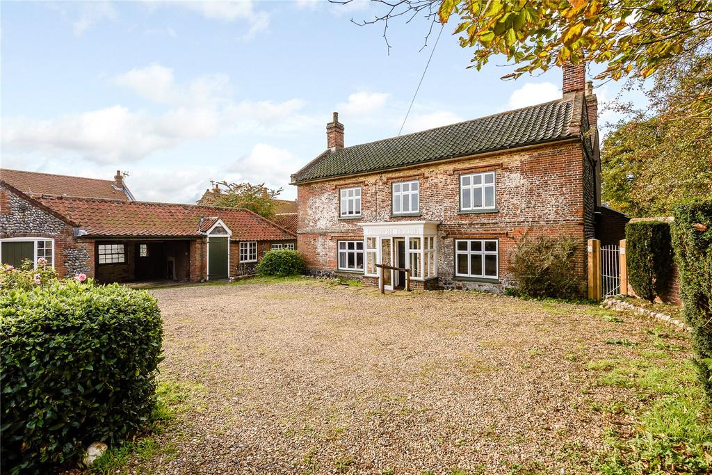 4 Bedrooms Unique Property for sale in Cromer Road, Sidestrand, Cromer, Norfolk, NR27