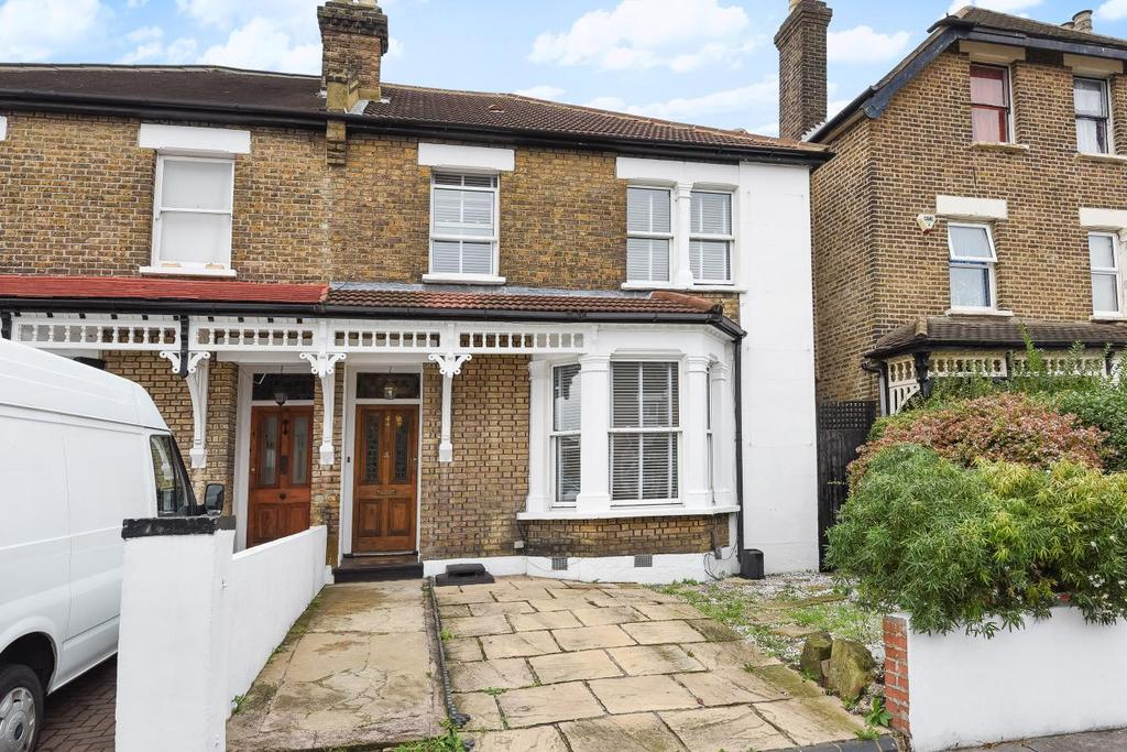 4 Bedrooms Semi Detached House for sale in Farnley Road, South Norwood
