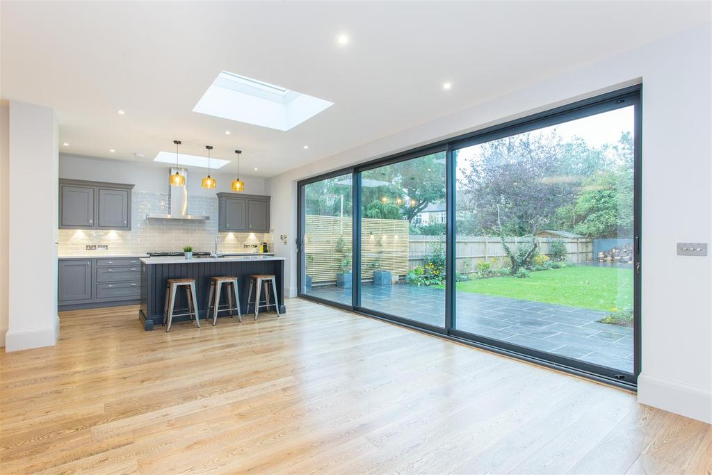 4 Bedrooms House for sale in Parke Road, Barnes, SW13