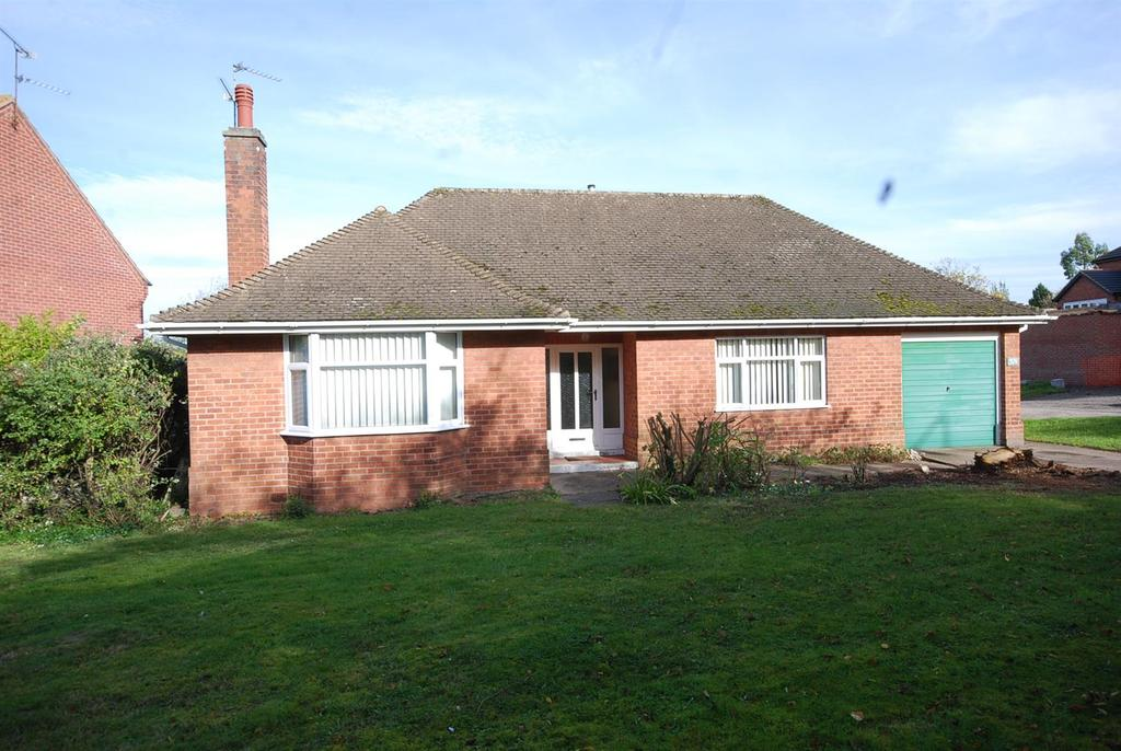2 Bedrooms Detached Bungalow for sale in Beacon Hill Road, Newark