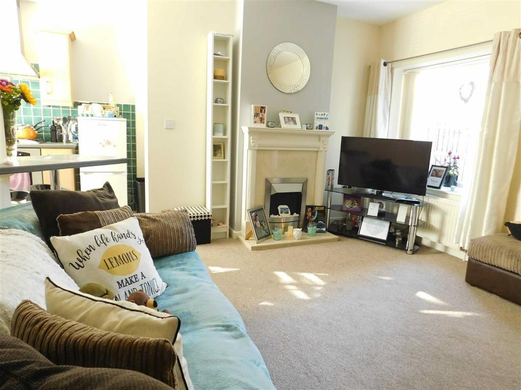 2 Bedrooms Apartment Flat for sale in Florentines Court, Ripon