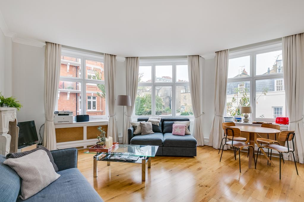 1 Bedroom Flat for sale in Culford Gardens, South Kensington, London SW3