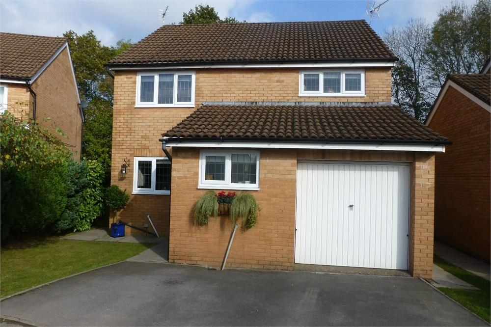 4 Bedrooms Detached House for sale in Cherry Down Close, Thornhill, CARDIFF