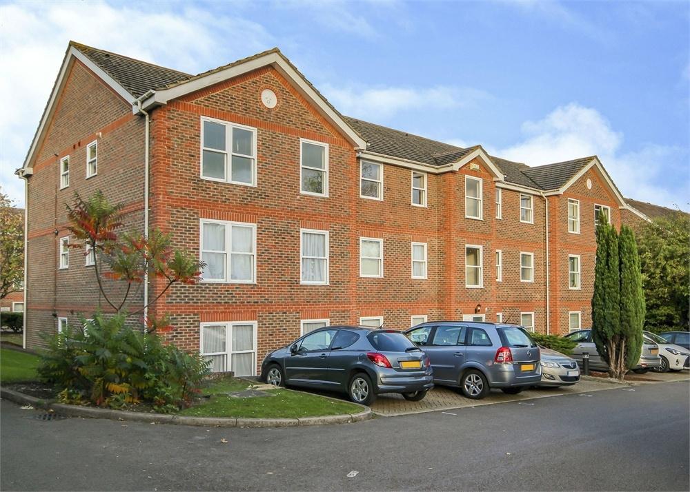 2 Bedrooms Flat for sale in Warren Down, Bracknell, Berkshire