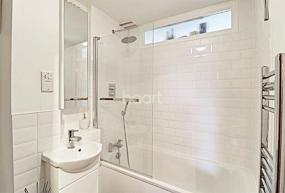 2 Bedrooms Flat for sale in Queens Avenue, Winchmore Hill, N21