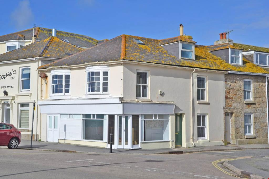 4 Bedrooms Terraced House for sale in Overlooking the promenade and Mounts Bay, Penzance seafront, West Cornwall, TR18