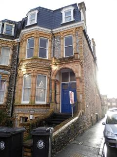 2 bedroom flat to rent - Manilla Road, Clifton
