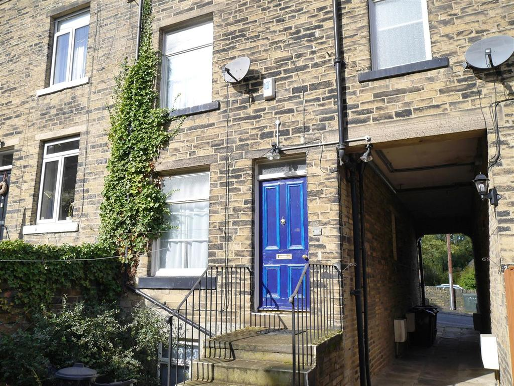 3 Bedrooms House for sale in Firth Road, Heaton, Bradford, BD9 4RS