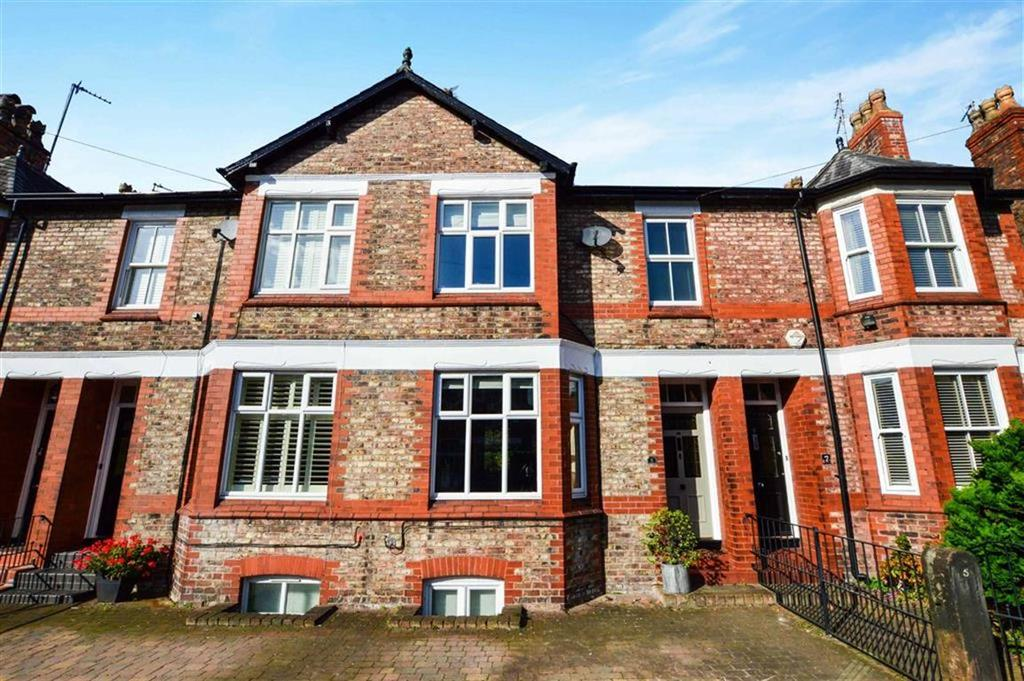 3 Bedrooms Terraced House for sale in Westgate, Hale, Cheshire, WA15