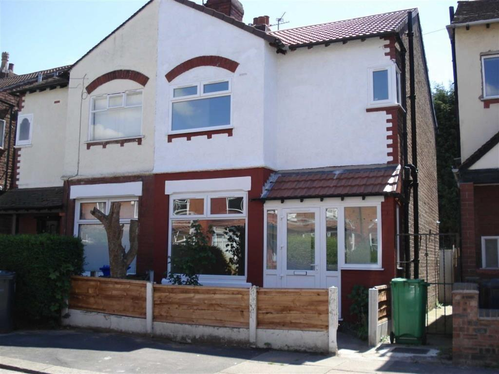 3 Bedrooms Semi Detached House for sale in Leyland Avenue, Didsbury, Manchester, M20