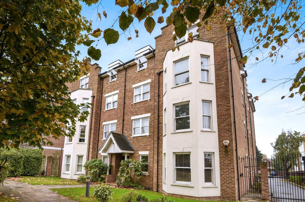 2 Bedrooms Flat for sale in Belmont Hill London SE13