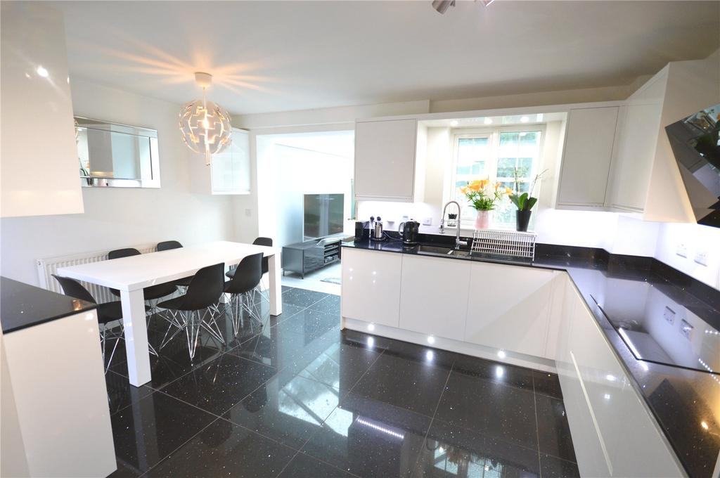 4 Bedrooms End Of Terrace House for sale in Marle Close, Pentwyn, Cardiff, CF23