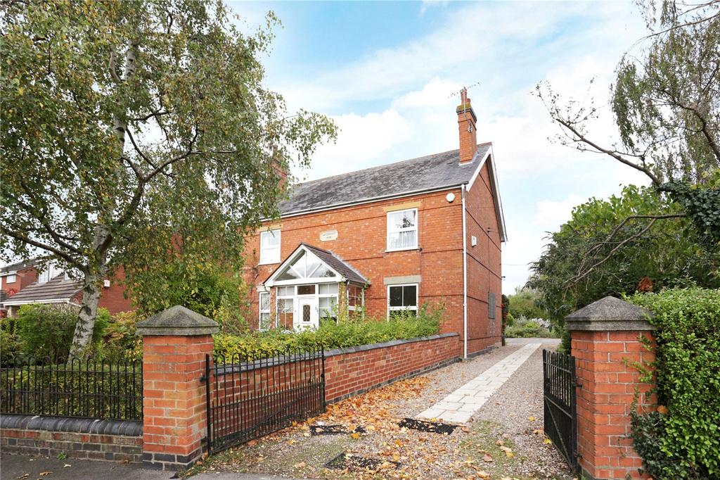 4 Bedrooms Detached House for sale in Pinvin, Pershore, Worcestershire