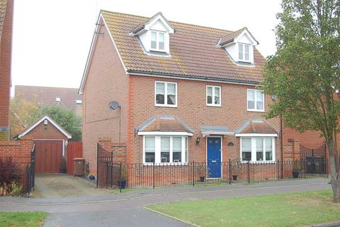 5 bedroom detached house for sale - Partridge Avenue, Chelmsford
