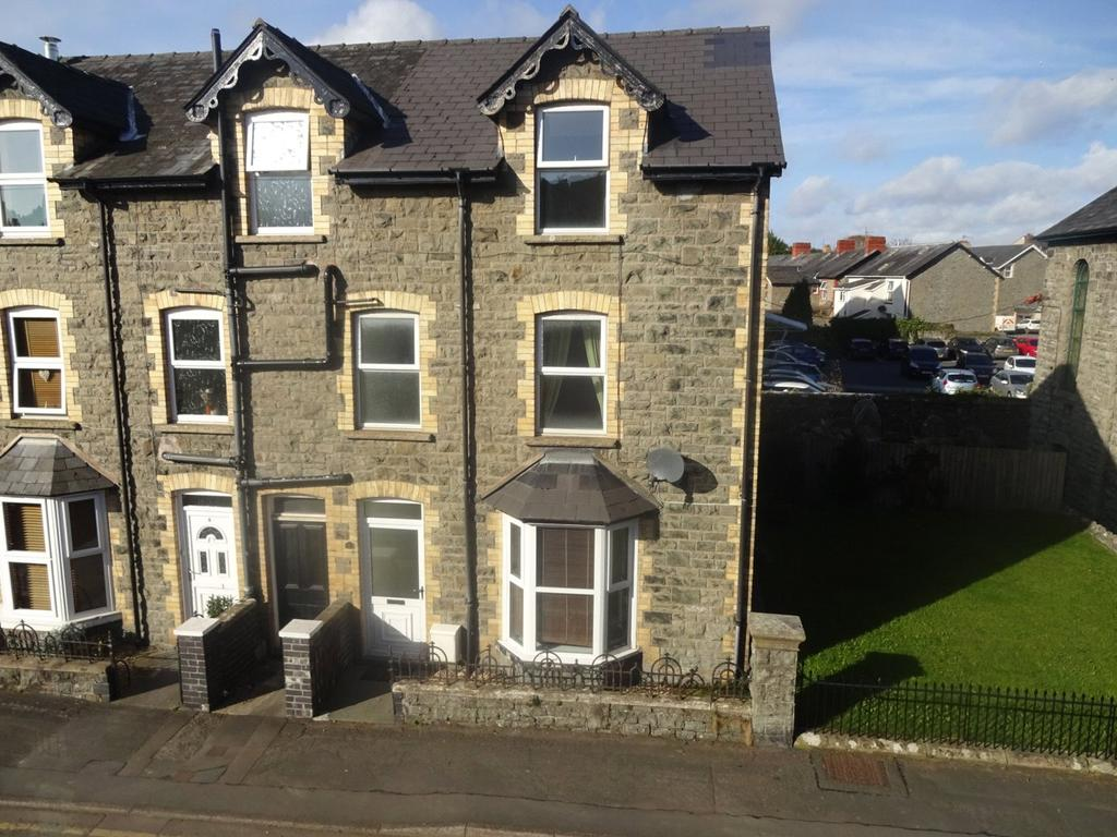 4 Bedrooms Semi Detached House for sale in Church Street, Builth Wells, Powys