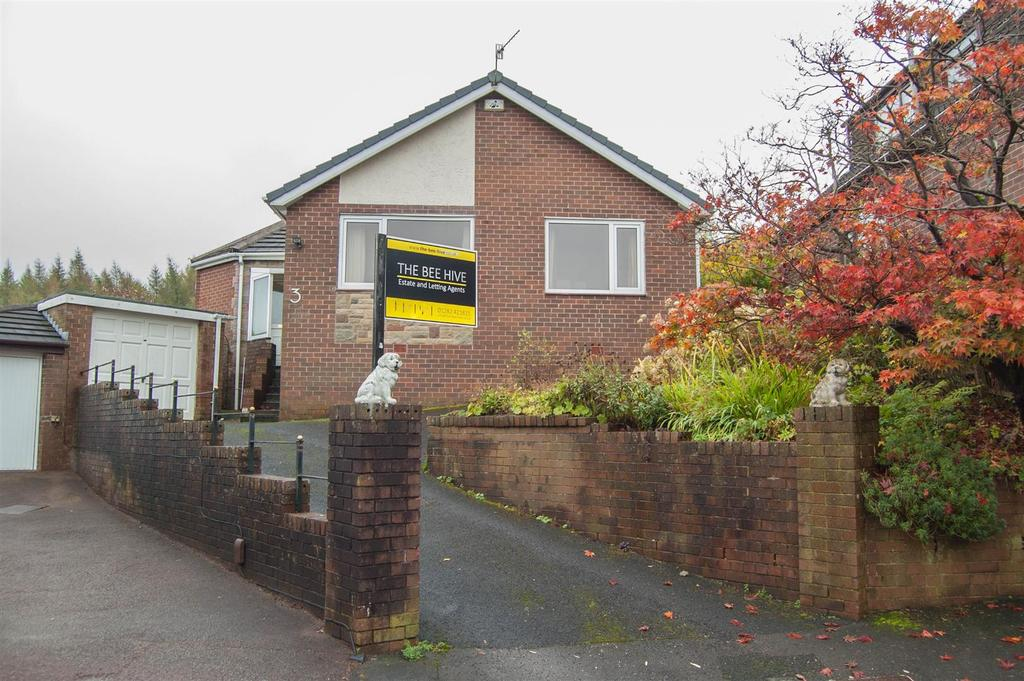 3 Bedrooms Detached Bungalow for sale in Glendale Close, Burnley