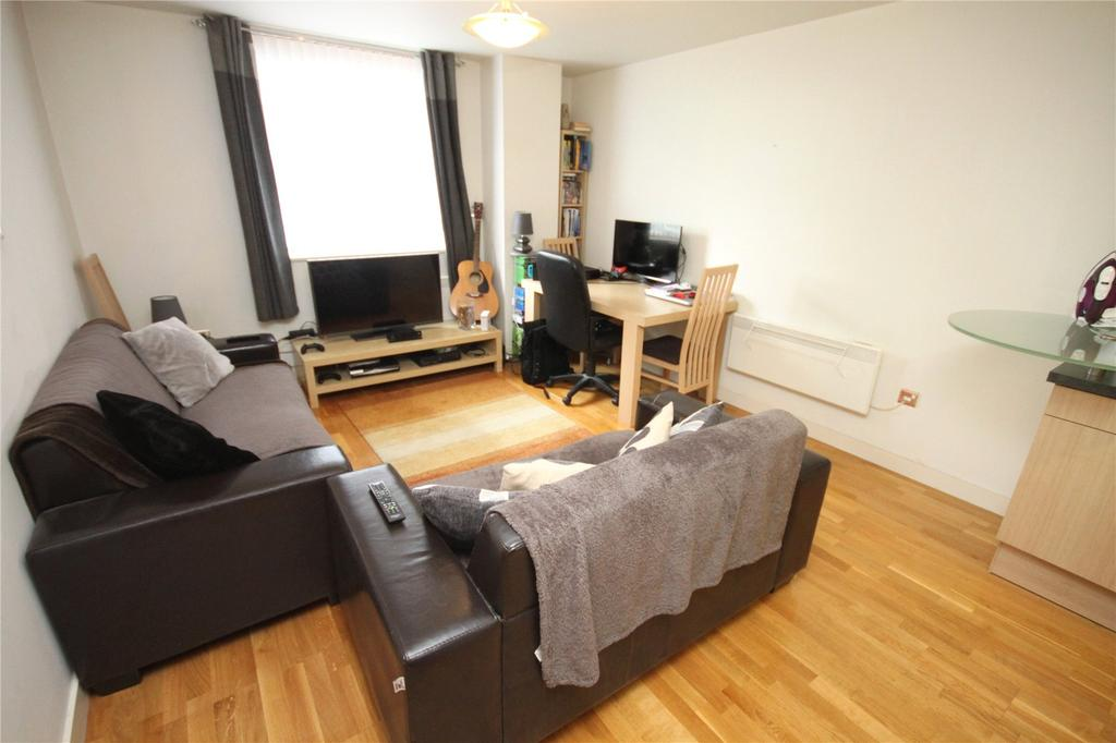 2 Bedrooms Flat for sale in Bauhaus, Little John Street, Manchester, Greater Manchester, M3