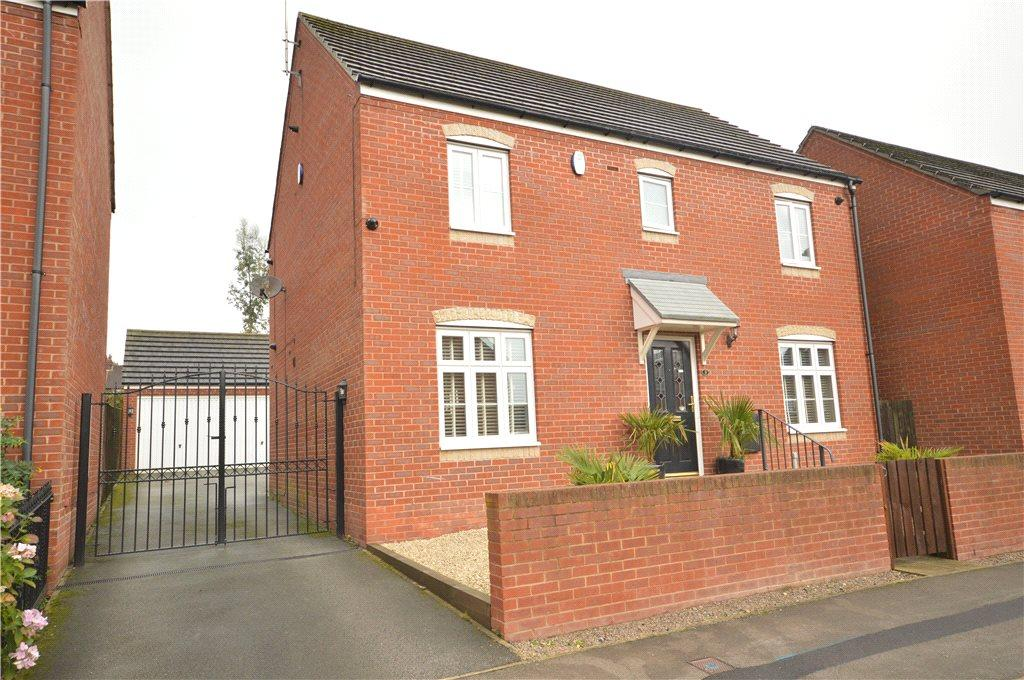 4 Bedrooms Detached House for sale in Towler Drive, Rodley, Leeds
