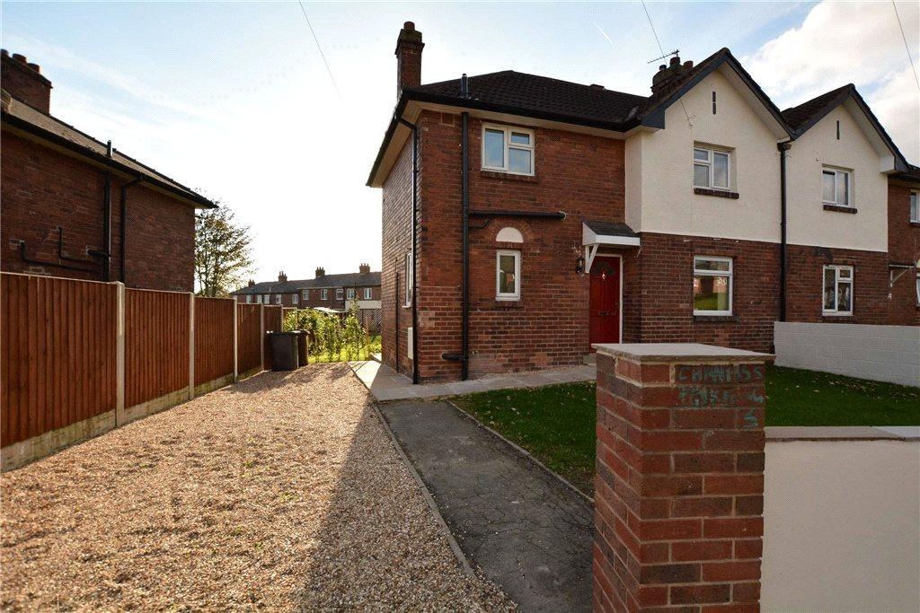 3 Bedrooms Semi Detached House for sale in Lea Farm Road, Leeds, West Yorkshire
