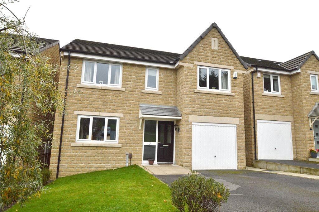 4 Bedrooms Detached House for sale in Poplar Farm Lane, Farsley, Pudsey, West Yorkshire