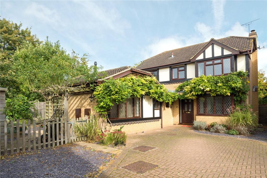 5 Bedrooms Detached House for sale in Monks Close, Canterbury, Kent