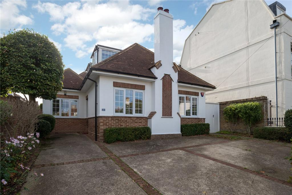5 Bedrooms Detached House for sale in St. Dunstans Terrace, Canterbury, Kent