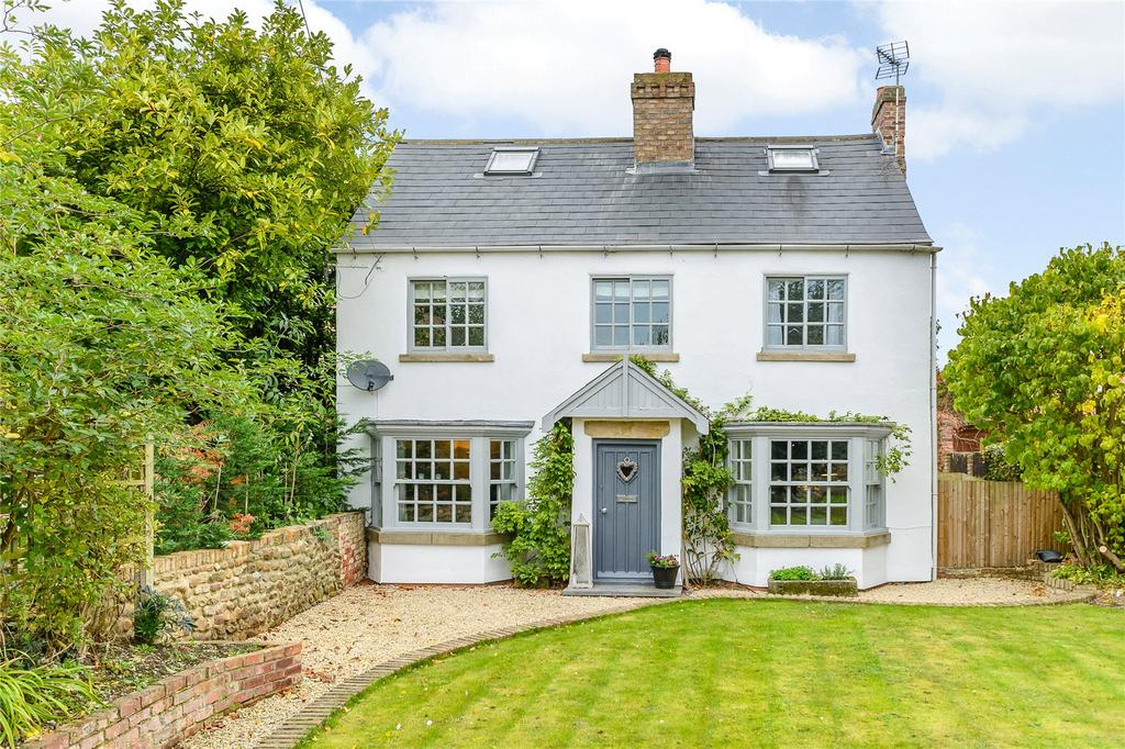 5 Bedrooms Detached House for sale in Langthorpe, Boroughbridge, York